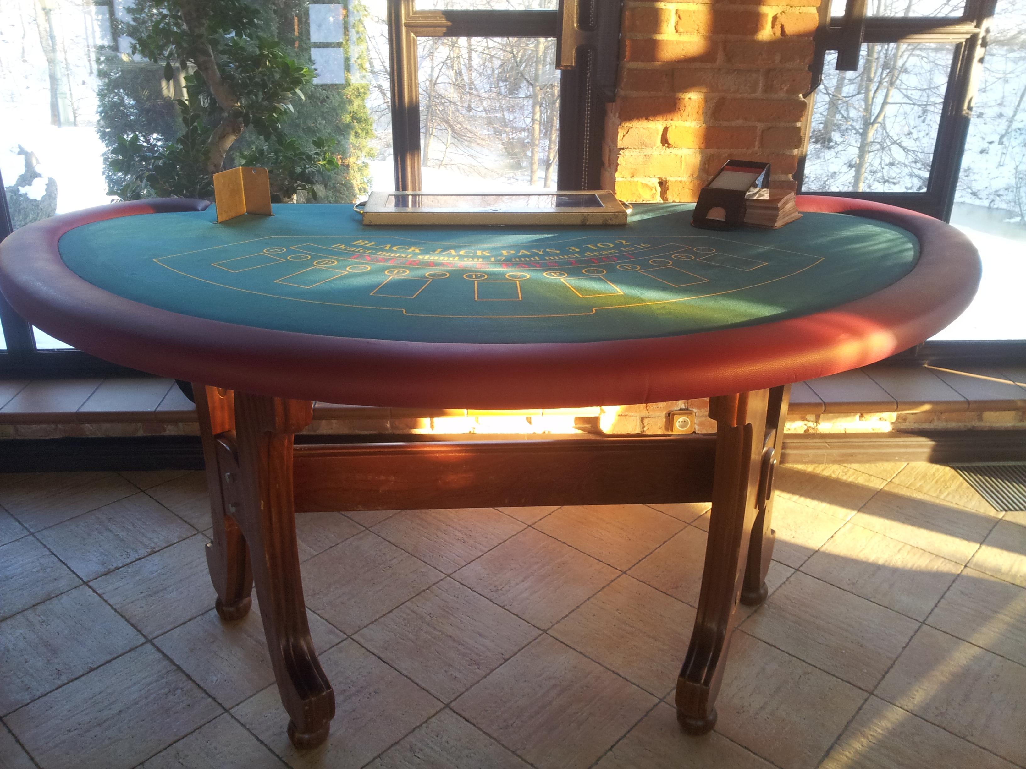 Black Jack stalas kazino vakareliui 1